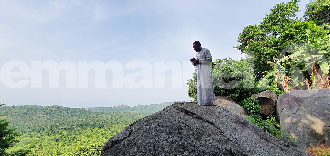 PROPHET T.B. JOSHUA AT THE PRAYER MOUNTAIN